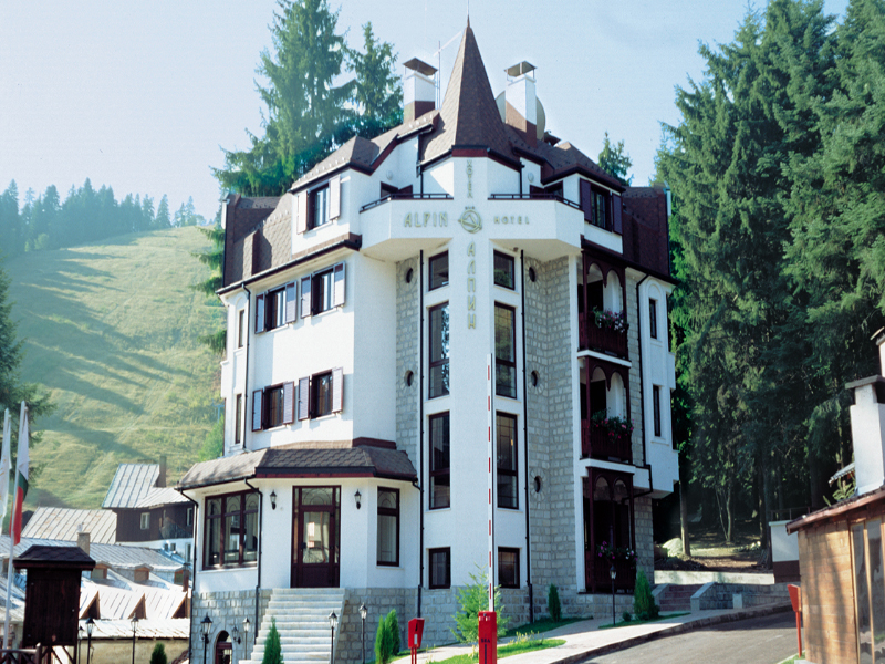 СКИ почивка в Боровец! Нощувка със закуска за двама или четирима от Апартаментен комплекс Алпин, снимка 10