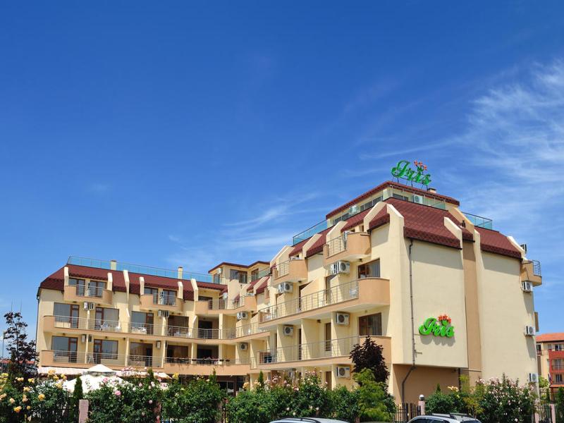 5 или 7 нощувки на човек със закуски и вечери*  + басейн в хотел Ирис***, Несебър на 100 метра от плажа, снимка 3