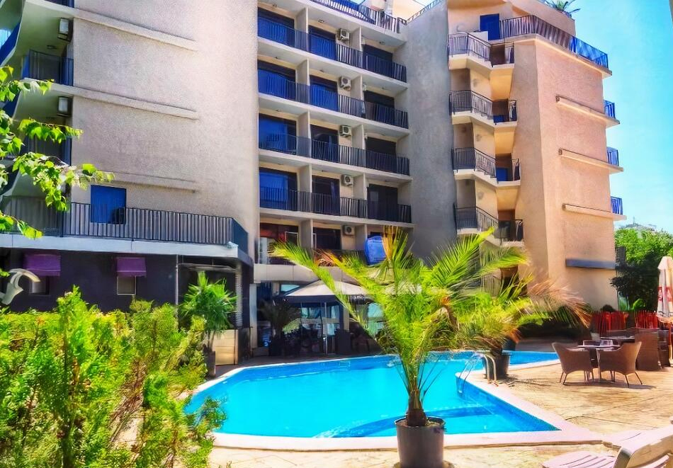 Апарт хотел Сапфир, Слънчев Бряг