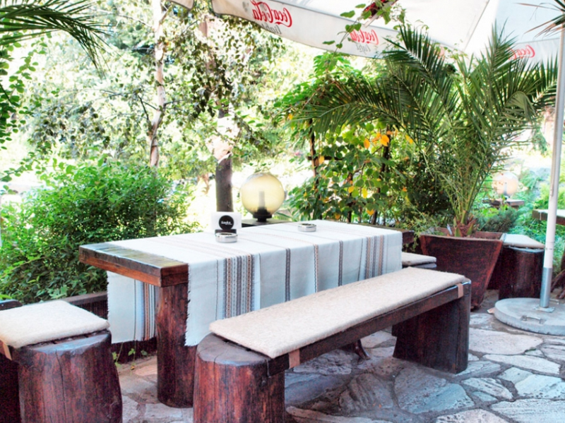 Почивка в центъра на Банско! Нощувка на човек със закуска и вечеря + сауна в хотел и механа Момини двори, снимка 25