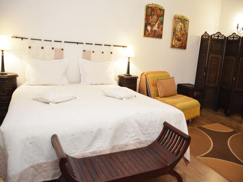 Почивка в центъра на Банско! Нощувка на човек със закуска и вечеря в хотел и механа Момини двори, снимка 9