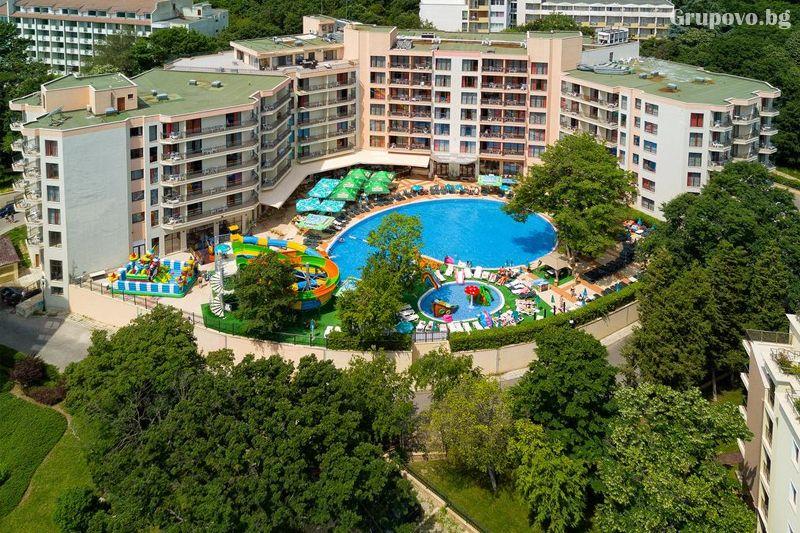 Престиж хотел и аквапарк, Златни пясъци