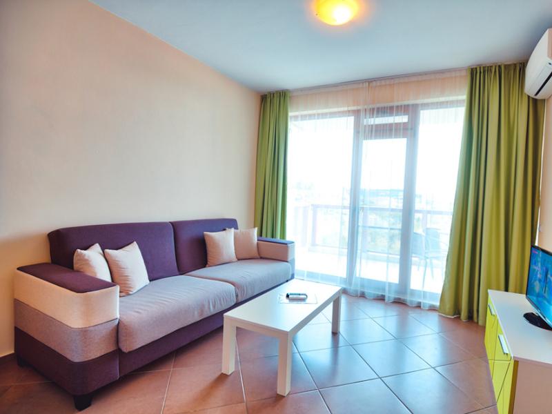 2+ нощувки за двама, четирима или шестима + басейн в хотелски комплекс Гардън Палас, Балчик, снимка 10