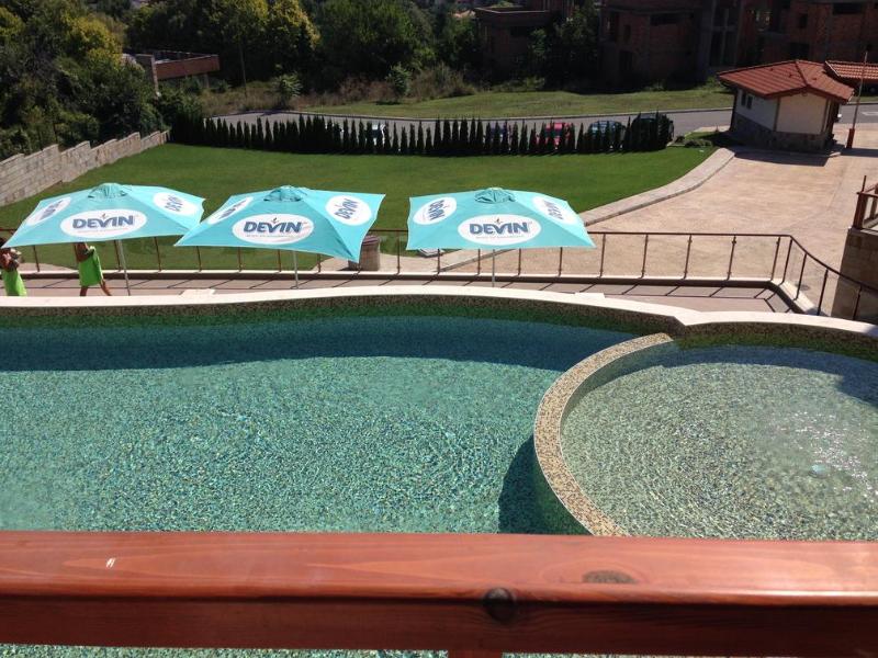 2+ нощувки за двама, четирима или шестима + басейн в хотелски комплекс Гардън Палас, Балчик, снимка 6