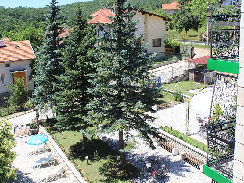 Балнеопакет с 10 процедури + 5 нощувки за ДВАМА на база All inclusive + 2 минерални басейна от хотел Виталис, к.к. Пчелински бани до Костенец, снимка 11