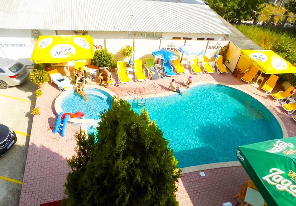 1 или 2 нощувки на човек със закуски + басейн в хотел Сирена, Кранево, снимка 4