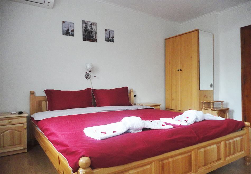 Нощувка на човек в къща за гости Кемо, Сапарева Баня, снимка 3