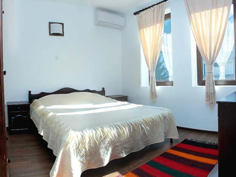 Нощувка на човек в къща за гости Топалови, Златоград, снимка 10