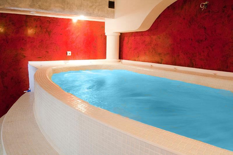 Уикенд в Цигов Чарк. 2 нощувки на човек със закуски + басейн и релакс център в хотел Кос Хол Палас, снимка 5