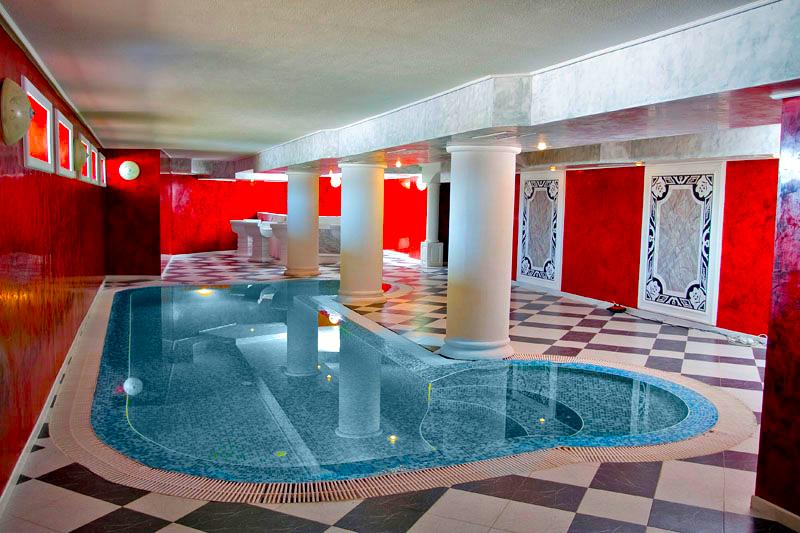 Уикенд в Цигов Чарк. 2 нощувки на човек със закуски + басейн и релакс център в хотел Кос Хол Палас, снимка 4