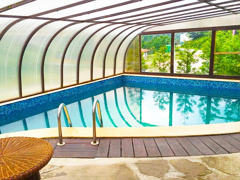 Нощувка на човек + топъл минерален басейн в хотел Елора, с. Чифлик, снимка 4