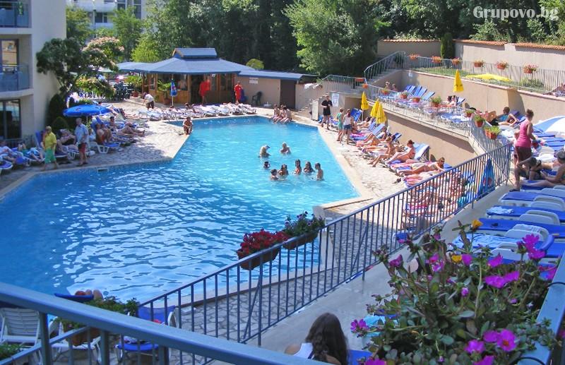 Нощувка на човек на база All Inclusive + басейн в хотел Роял****, Златни Пясъци! Дете до 12г. - БЕЗПЛАТНО!, снимка 4