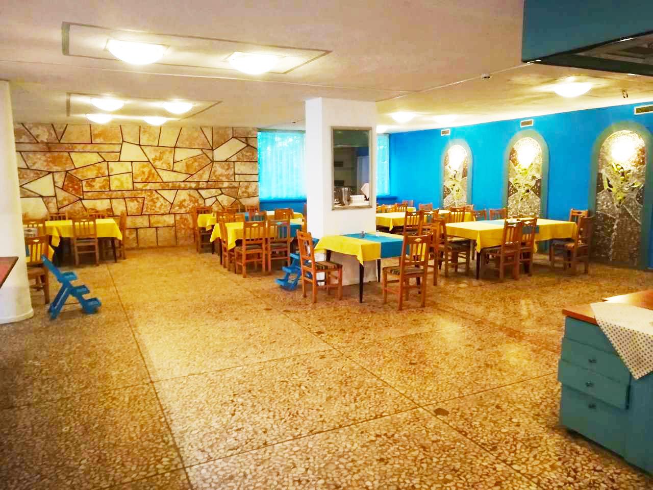 Великден и Гергьовден в Златни Пясъци на ШОК ЦЕНА. All Inclusive само за 24 лв. в хотел Диана. Дете до 12 г. БЕЗПЛАТНО!!!, снимка 7