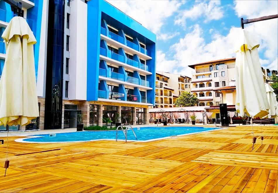 Лято 2021 в Слънчев Бряг! Нощувка на човек на база All inclusive + басейн в РЕНОВИРАНИЯ хотел Пауталия, снимка 2