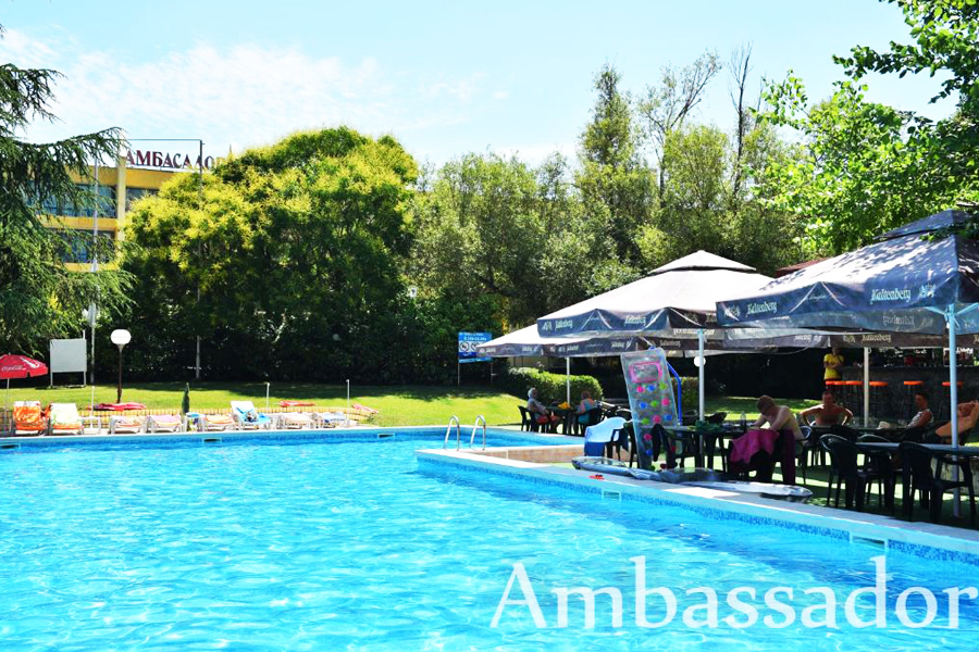 Нощувка на човек на база All Inclusive + басейн на 30 м. от плажа в хотел Амбасадор***, Златни Пясъци. Дете до 13г. - безплатна нощувка!, снимка 6