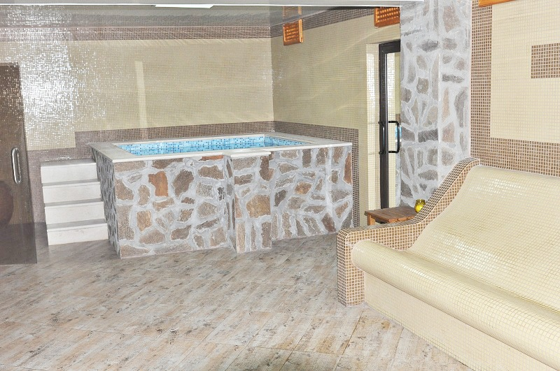 През Май в Огняново. 1 или 5 нощувки на човек със закуски, обеди* и вечери + минерален басейн в комплекс Черния Кос, снимка 9