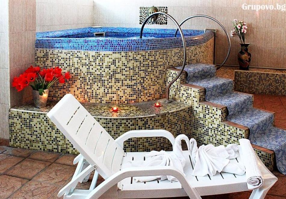Плащате 2 нощувки на човек със закуски и вечери, а ползвате 3-та безплатна + басейн с минерална вода и релакс зона от Еко стаи Манастира, Хисаря, снимка 9