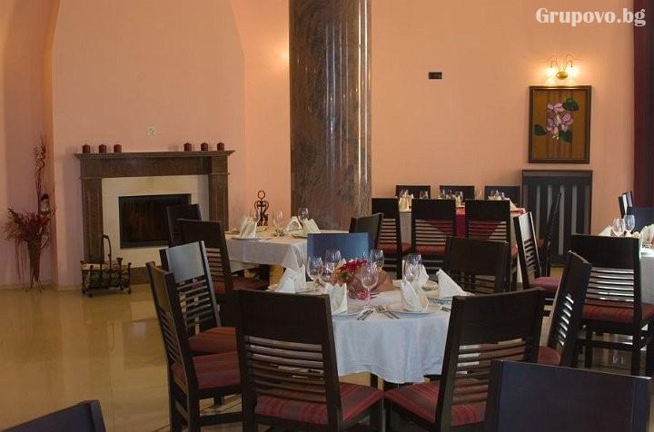 Нощувка на човек със закуска и вечеря* в Парк хотел Троян, град Троян, снимка 15