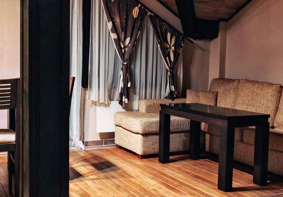 Нощувка за ДВАМА, ТРИМА или ЧЕТИРИМА със закуска и вечеря + закрит отопляем басейн и релакс пакет в комплекс Острова, с. Бели Осъм, снимка 10