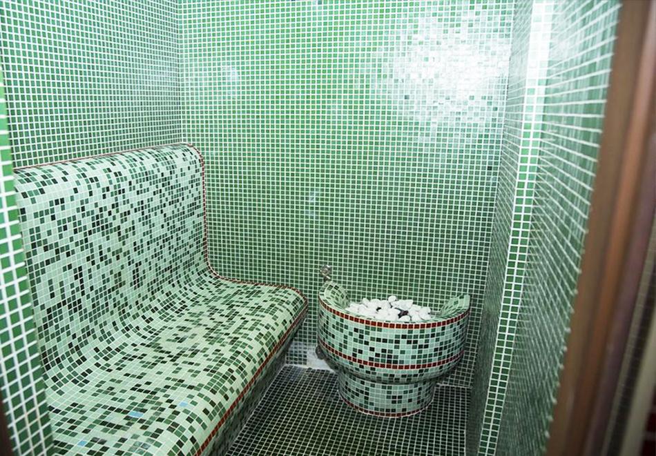 Великден в Сапарева баня! 3 или 4 нощувки на човек със закуски и вечери + празничен обяд + вътрешен басейн и релакс зона с минерална вода от Семеен хотел Емали, снимка 5