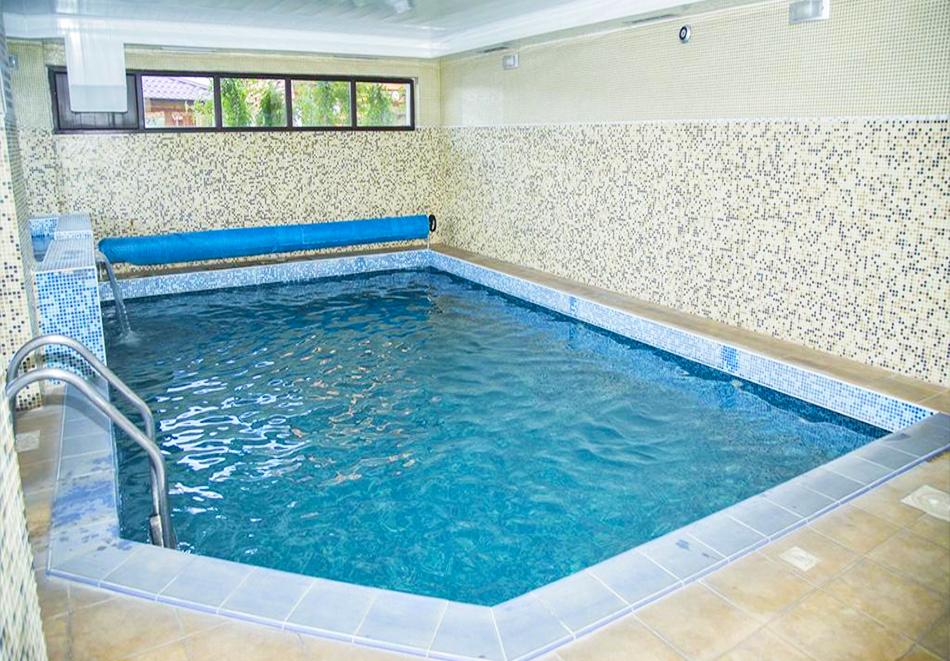 Великден в Сапарева баня! 3 или 4 нощувки на човек със закуски и вечери + празничен обяд + вътрешен басейн и релакс зона с минерална вода от Семеен хотел Емали, снимка 3