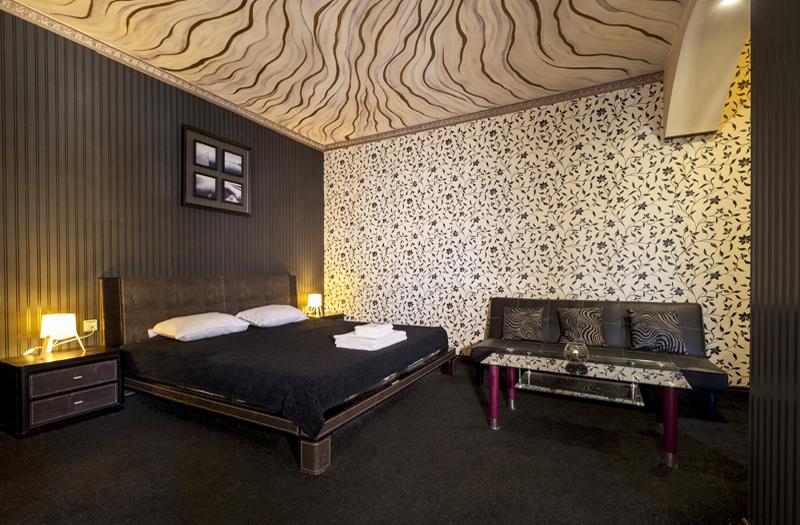 Нощувка на човек със закуска и вечеря + басейн и релакс зона с минерална вода от хотел България, Велинград, снимка 12