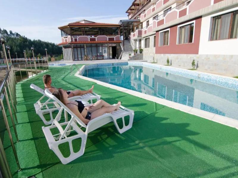 Уикенд в Родопите! 2 нощувки на човек със закуски + басейн, релакс зона и риболов от хотел Кремен, Кърджали. 2 деца до 12г. - безплатно, снимка 3