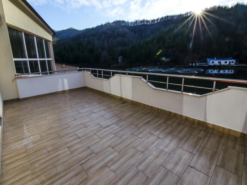 Уикенд в Родопите! 2 нощувки на човек със закуски + басейн и релакс зона от хотел Кремен, Кърджали., снимка 11