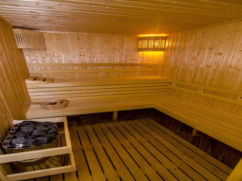 Уикенд в Родопите! 2 нощувки на човек със закуски + басейн и релакс зона от хотел Кремен, Кърджали., снимка 12