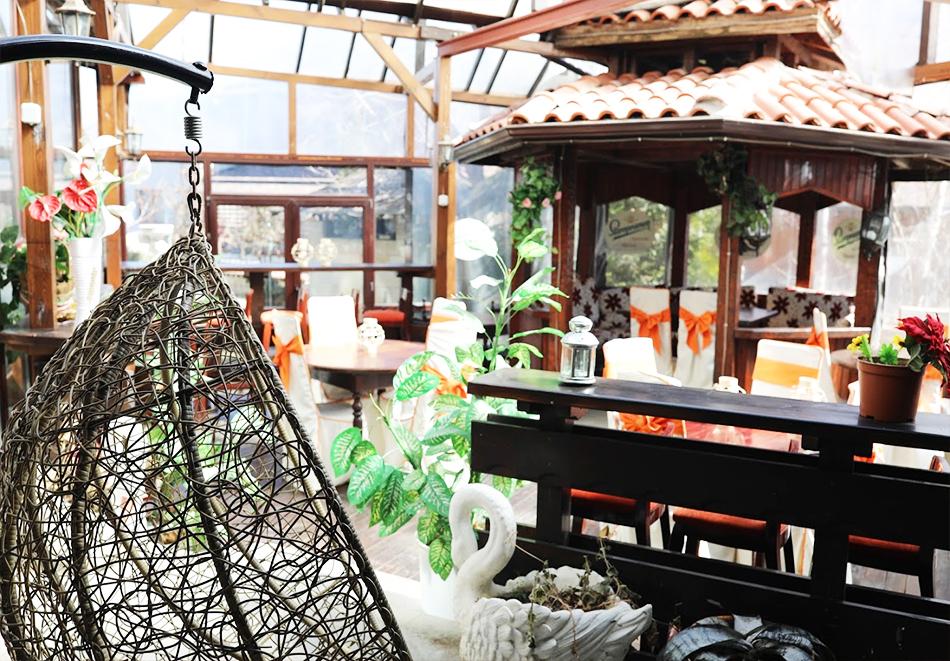 Нощувка на човек със закуска + топъл басейн и релакс зона в хотел Елегант Лукс, Банско, снимка 15
