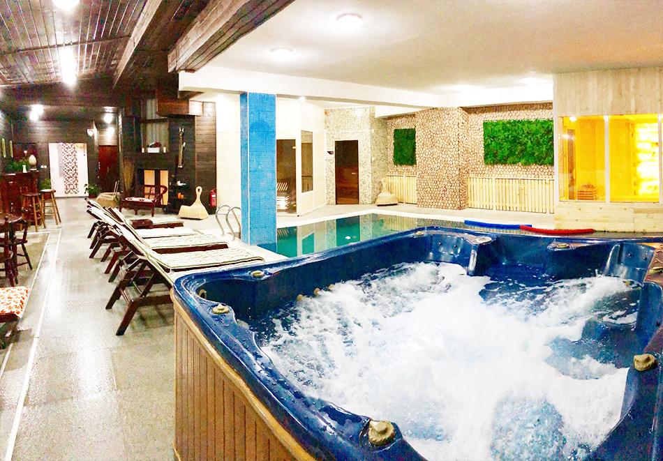 Нощувка на човек със закуска + топъл басейн и релакс зона в хотел Елегант Лукс, Банско, снимка 5