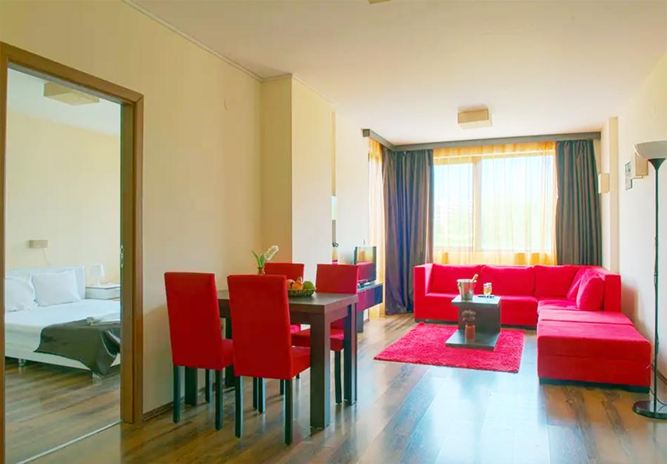 Нощувка, закуска и вечеря на човек + басейн и релакс зона в хотел Сейнт Джордж Ски & Холидей****, Банско, снимка 15