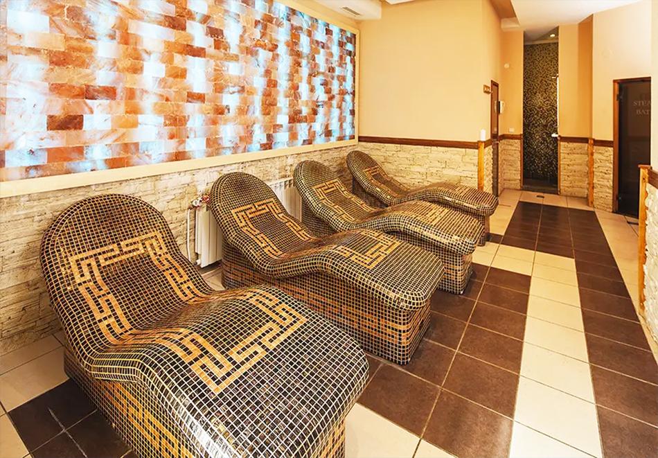 Нощувка на човек + басейн и релакс зона в хотел Сейнт Джордж Ски & Холидей****, Банско, снимка 4