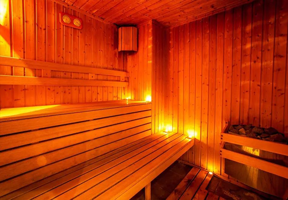 Гергьовден в хотел Сейнт Джордж Ски & Холидей****, Банско. 3 нощувки на човек на база All Inclusive light, празничен обяд + топъл басейн и релакс зона, снимка 9