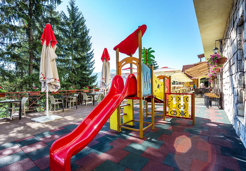 Уикенд във Велинград! 2 нощувки със закуски и вечери* на човек + минерален басейн и СПА в Парк хотел Олимп****, снимка 25