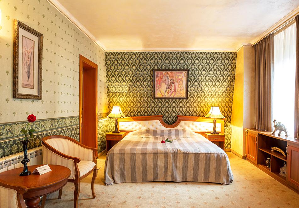 Уикенд във Велинград! 2 нощувки със закуски и вечери* на човек + минерален басейн и СПА в Парк хотел Олимп****, снимка 14