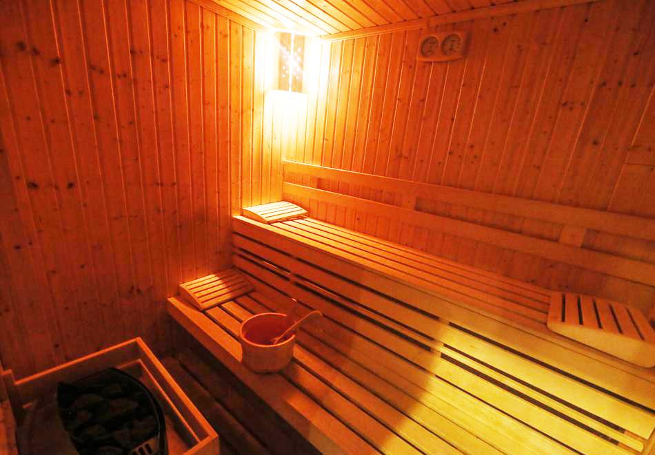2 или 3 нощувки на човек със закуски и вечери + НОВ минерален акватоничен басейн и джакузи в хотел Огняново***, снимка 15