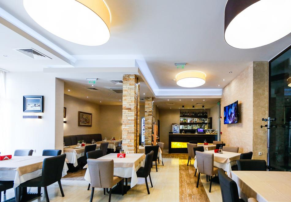 2 или 3 нощувки на човек със закуски и вечери + НОВ минерален акватоничен басейн и джакузи в хотел Огняново***, снимка 14