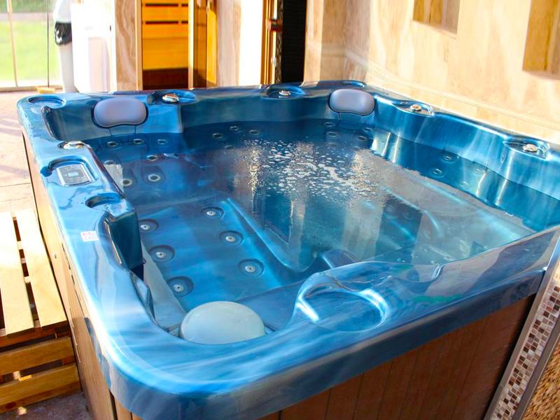 Уикенд до Жеравна! Нощувка на човек със закуска + отопляем басейн и релакс пакет в Комплекс Дивеците, снимка 3