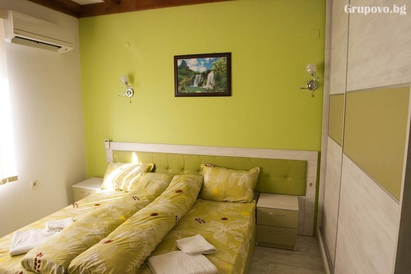 Зима в Родопите! Нощувка на човек със закуска и вечеря в хотел Аликанте***, Сърница., снимка 8