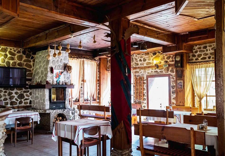 Нощувка на човек със закуска, обяд* и вечеря в Комплекс Стария Чинар, Мелник, снимка 6