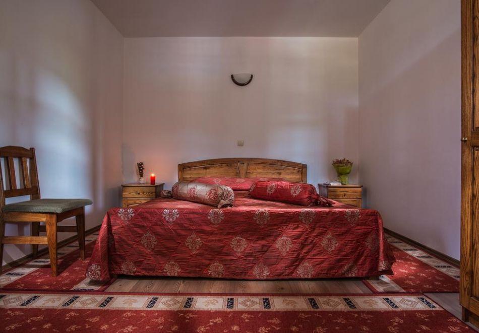 Великден и Гергьовден в Еленския Балкан! 2, 3 или 4 нощувки на човек със закуски и празнична вечеря + сауна и парна баня в семеен хотел Еленски Ритон, снимка 10
