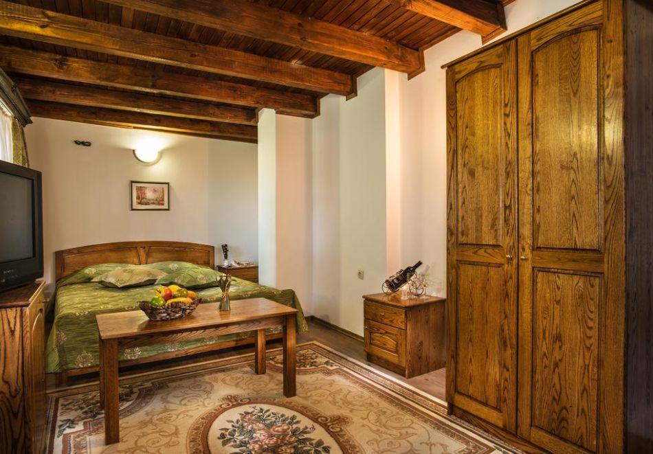Великден и Гергьовден в Еленския Балкан! 2, 3 или 4 нощувки на човек със закуски и празнична вечеря + сауна и парна баня в семеен хотел Еленски Ритон, снимка 13