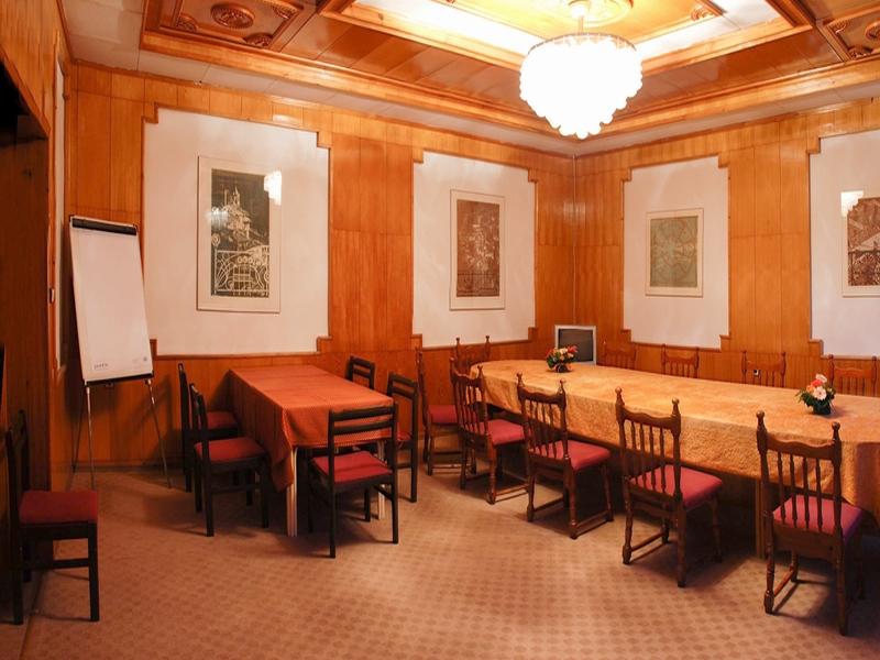 Великден край Велико Търново! 2 или 3 нощувки на човек със закуски + празничен обяд в хотел Момина Крепост, снимка 12