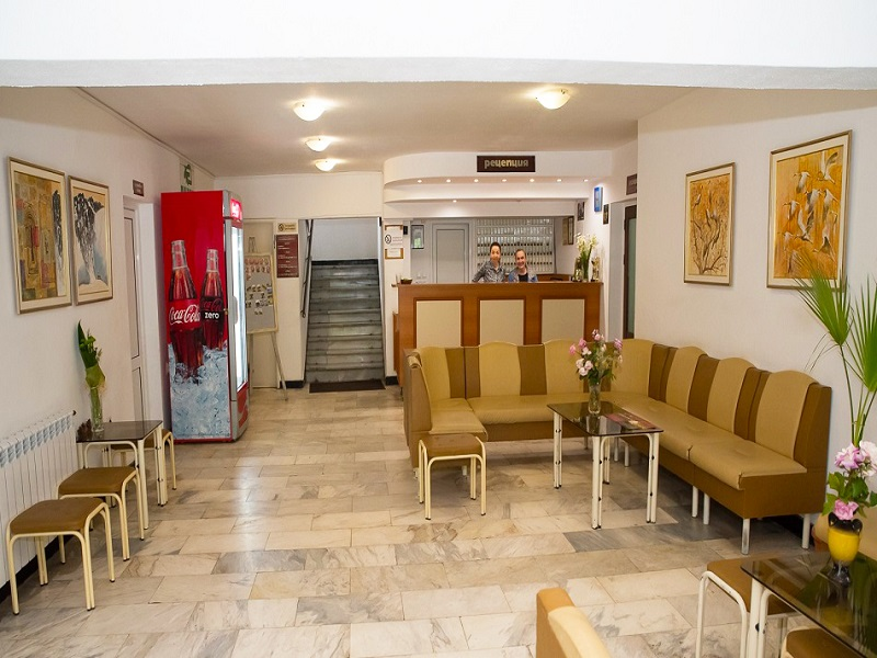 Великден край Велико Търново! 2 или 3 нощувки на човек със закуски + празничен обяд в хотел Момина Крепост, снимка 15