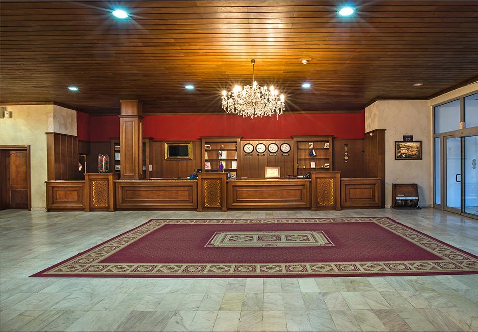 Нощувка на човек в Гранд хотел Велико Търново, снимка 9