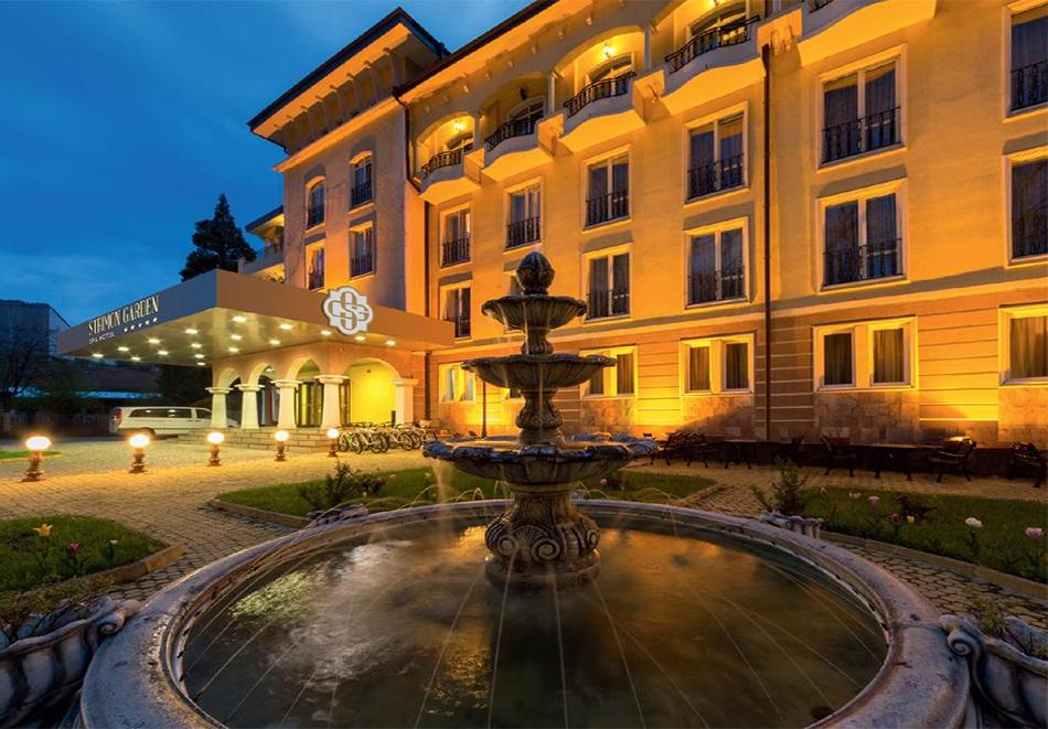 Нощувка със закуска  за двама + СПА и басейн с МИНЕРАЛНА вода от СПА хотел Стримон Гардън*****, Кюстендил, снимка 2