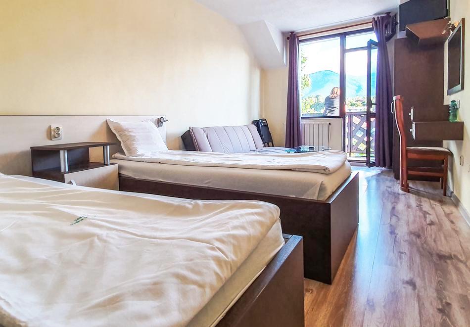 Хотелски комплекс Долна Баня, снимка 8