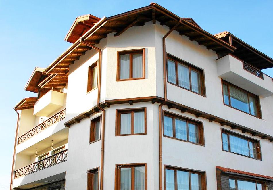 Нова година в Банско! 3 или 4 нощувки на човек със закуски и вечери - едната празнична в хотел Корина Скай, снимка 17