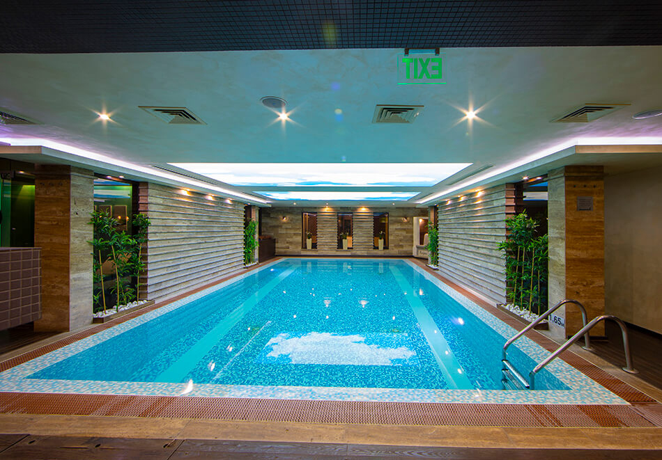 Нощувка на човек със закуска и вечеря + 2 минерални басейна + външно горещо джакузи + СПА пакет в хотел Езерец, Благоевград, снимка 7